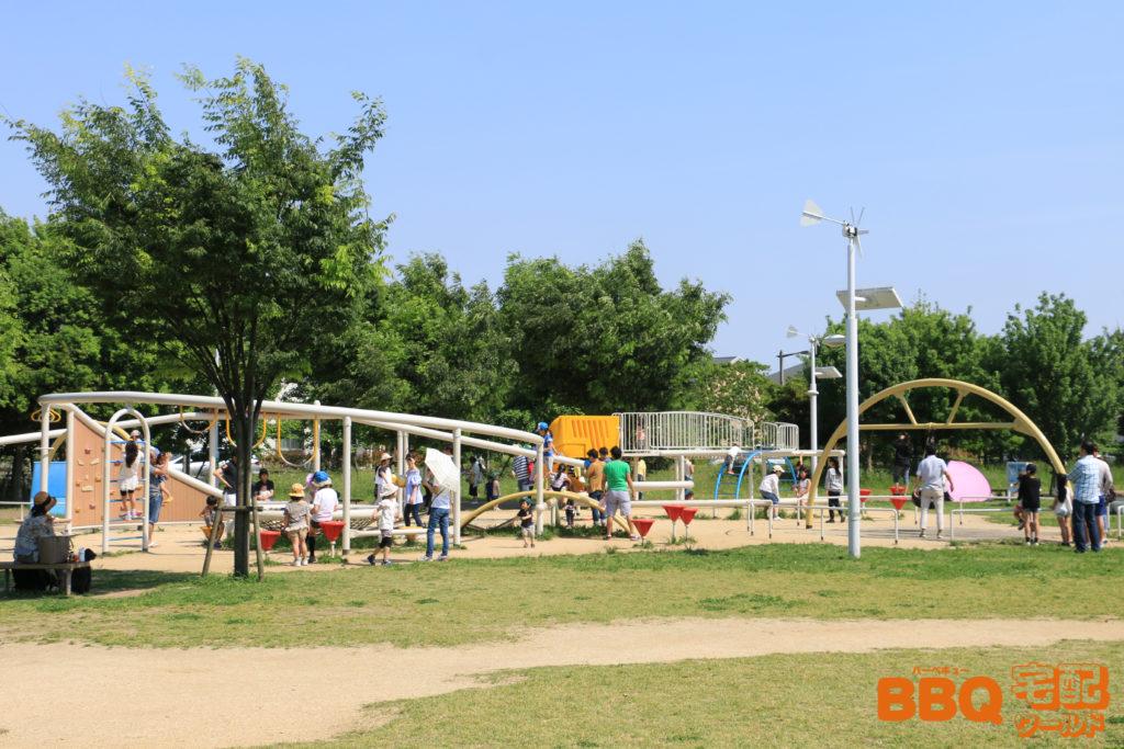 芦屋浜BBQコーナー隣接の遊具広場