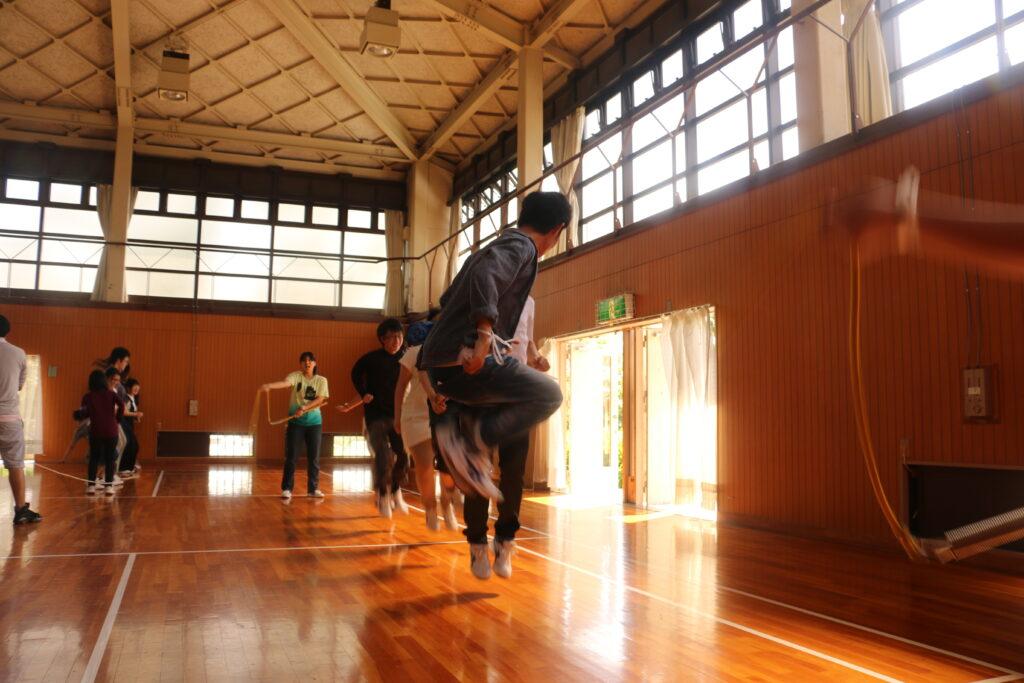 アクトランドYAO小体育館で縄跳び