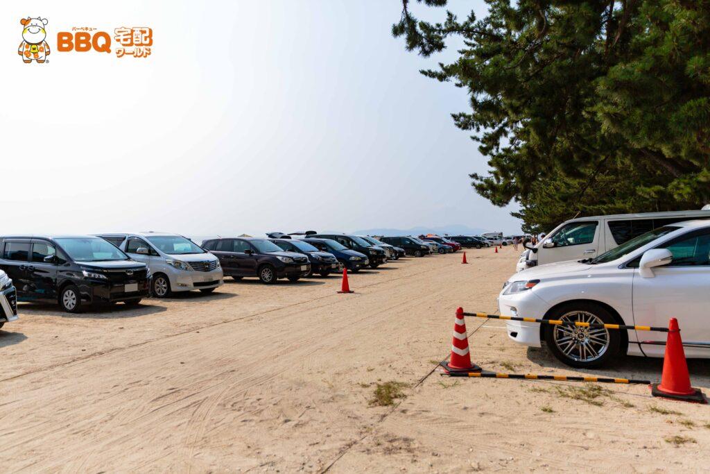 白ひげ浜水泳キャンプ場の駐車場