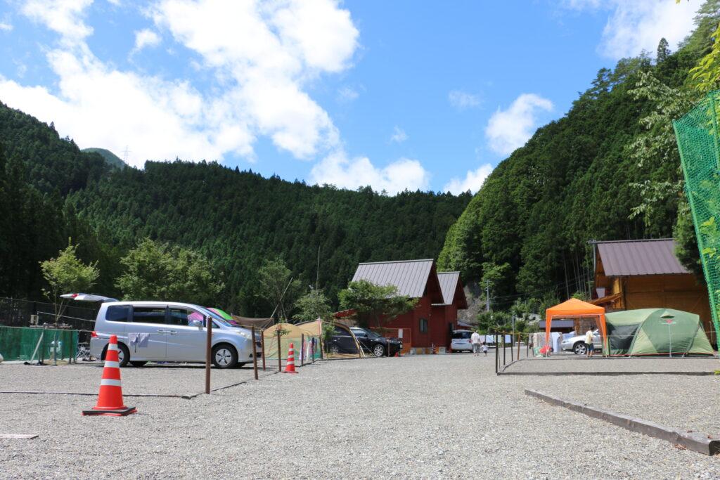 坪の内オートキャンプ場オートサイト