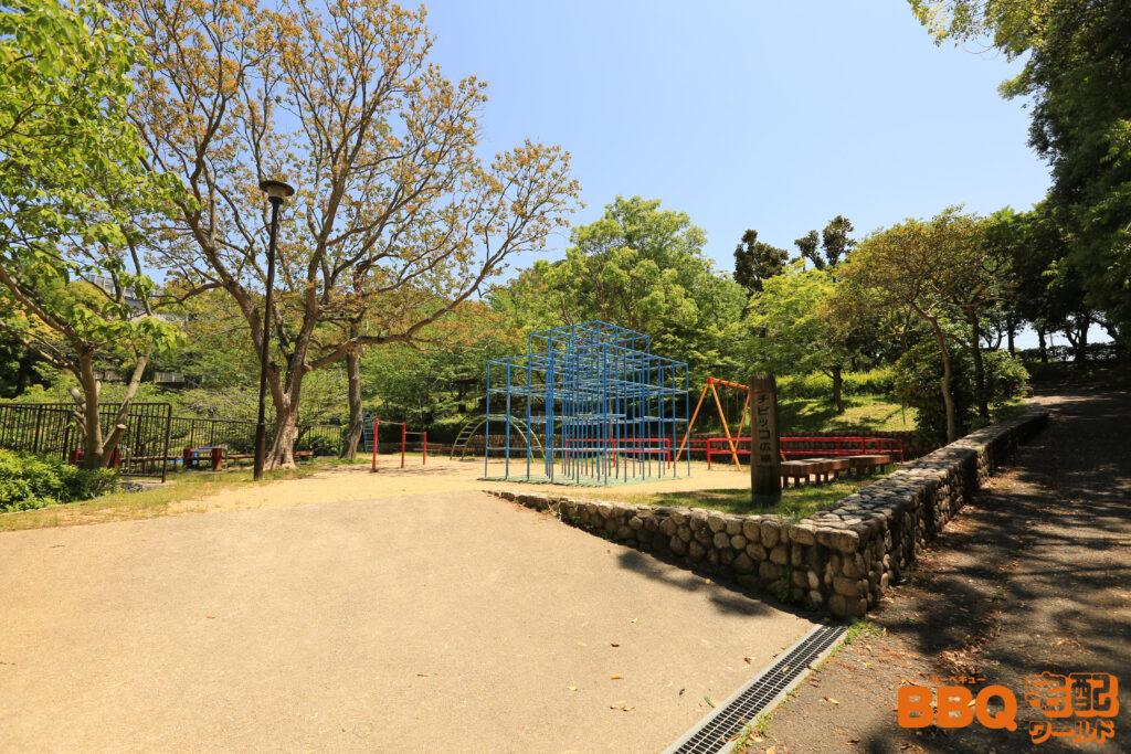 奥須磨公園BBQ広場隣接のチビッコ広場