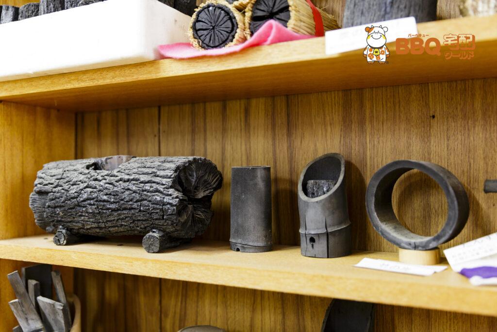 茨木市里山センター展示室の菊炭