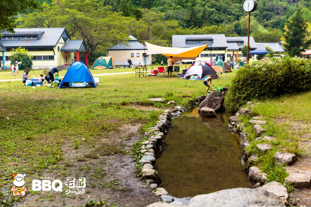 三田市野外活動センターBBQサイト横の川