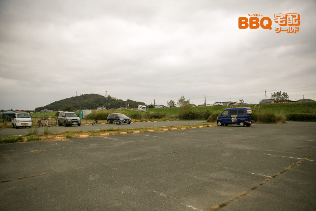 加古川河川敷緑地新神野地区の駐車場