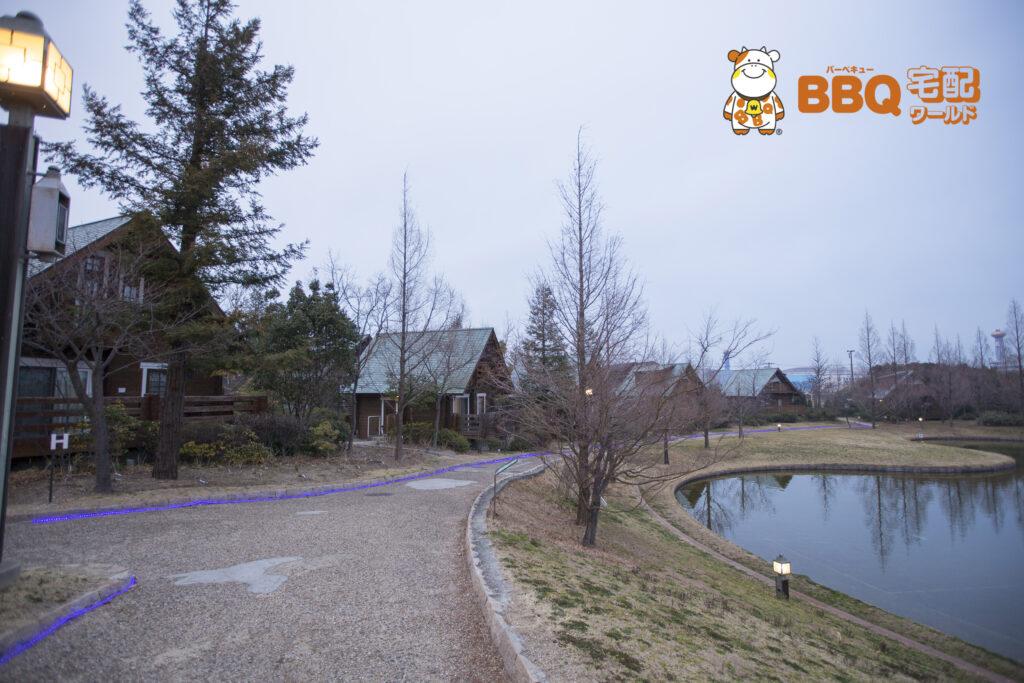 森とリルのBBQフィールドログハウス