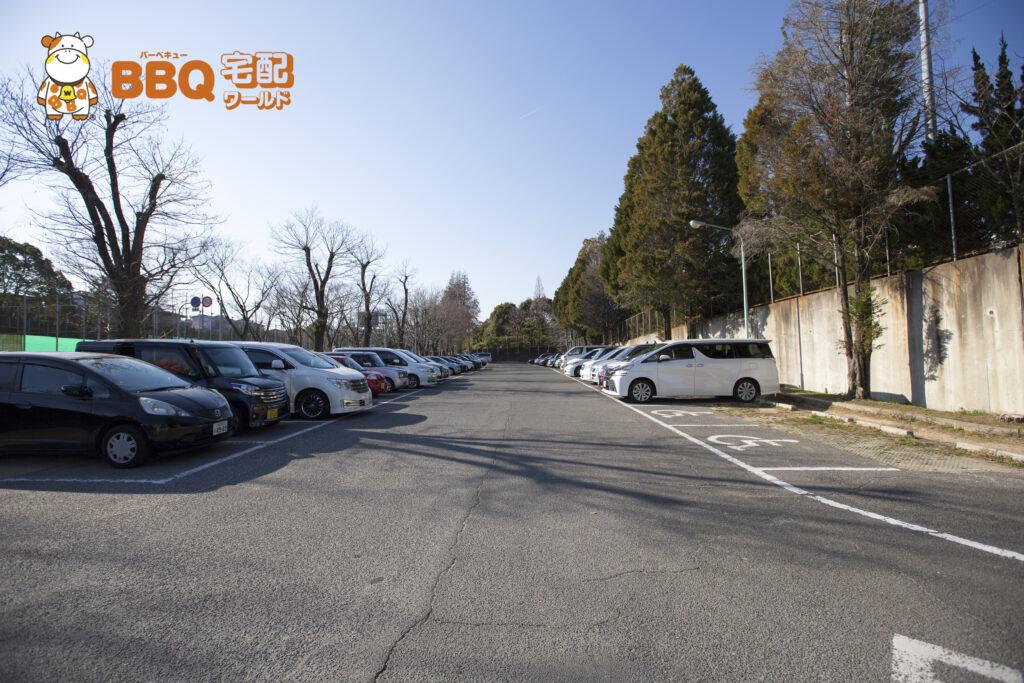 吹田市わくわくの郷の駐車場