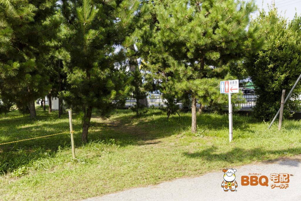 琵琶湖神明キャンプ場トイレ看板