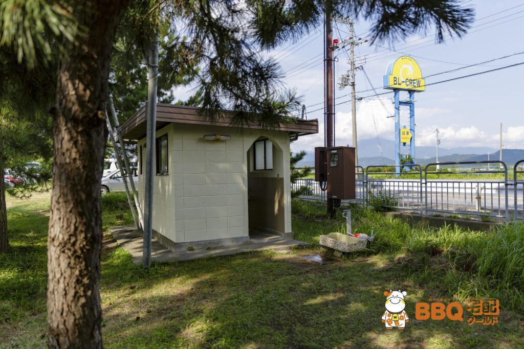 琵琶湖神明キャンプ場トイレ