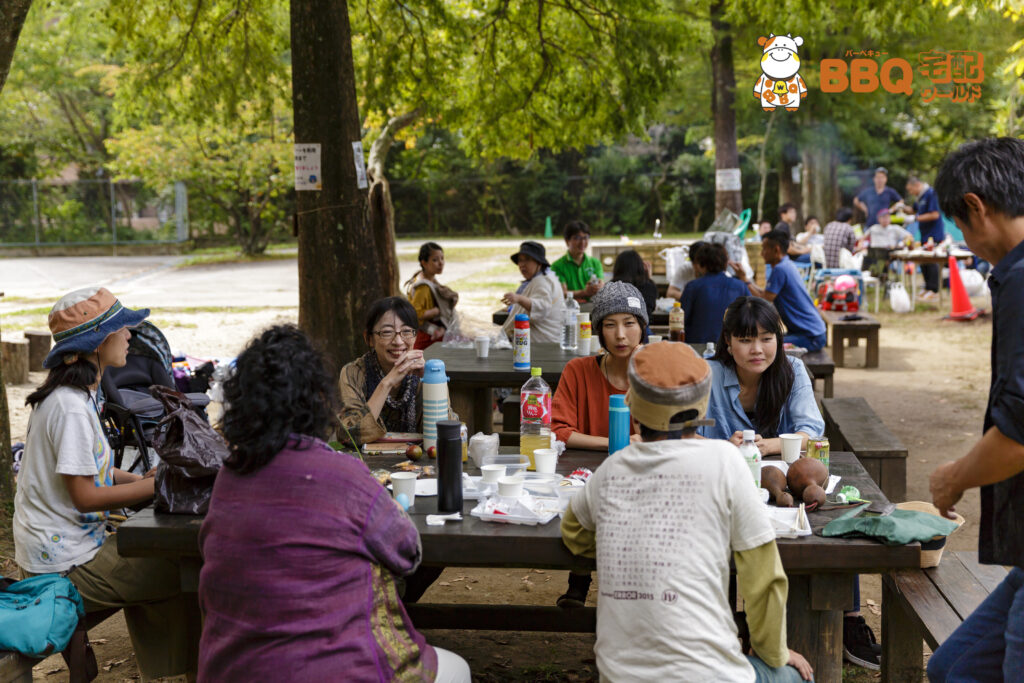 茨木市里山センターBBQ談話の様子