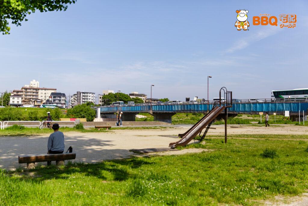 松尾橋BBQエリア近くの公園