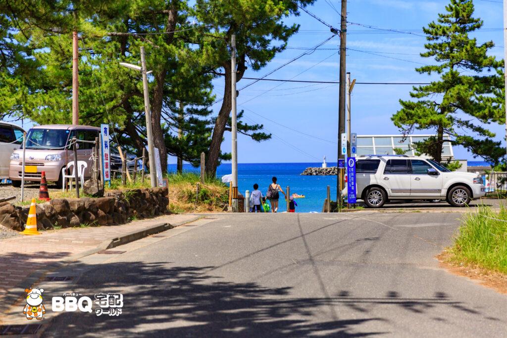 若狭和田海水浴場への道