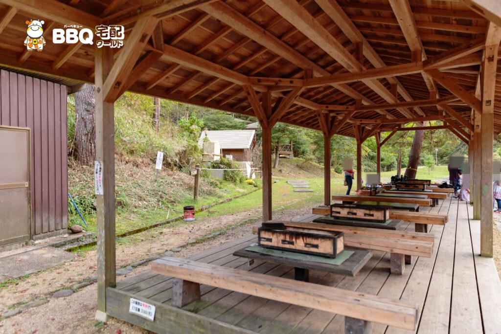 湯船森林公園屋根付きBBQハウス3