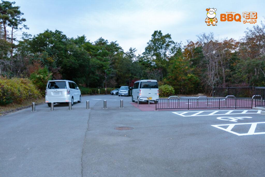 神戸青少年公園デイキャンプ場駐車場4