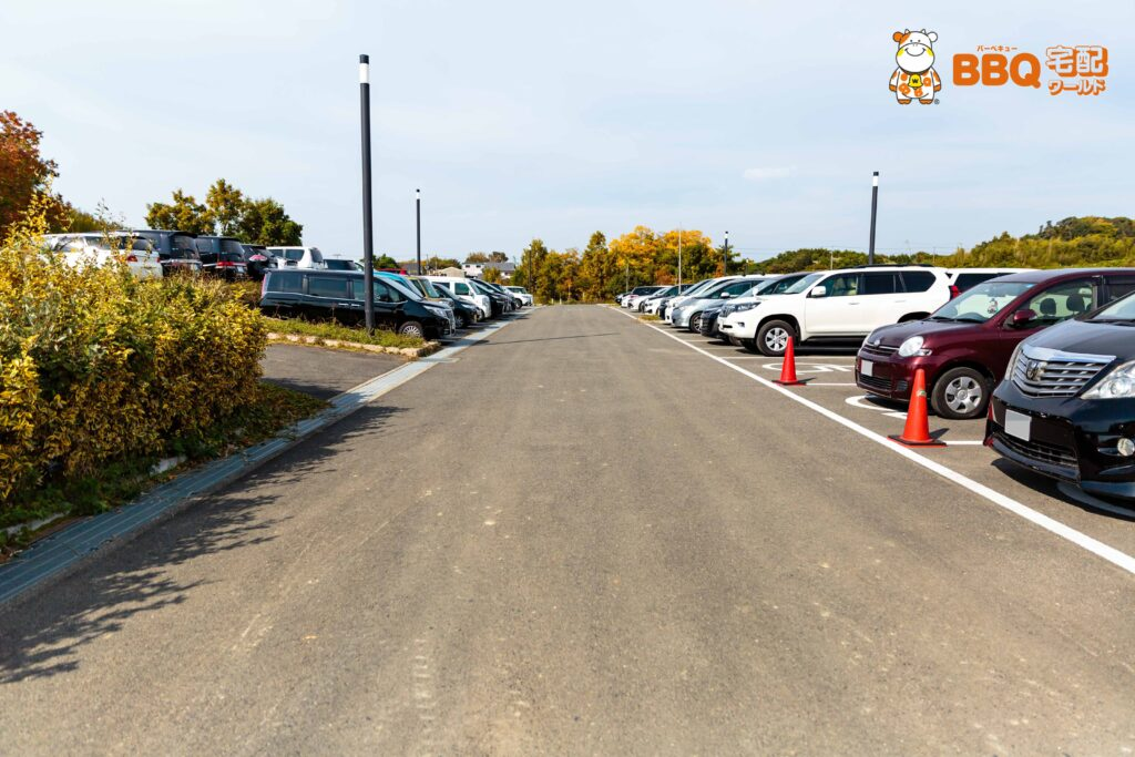 蜻蛉池公園の駐車場