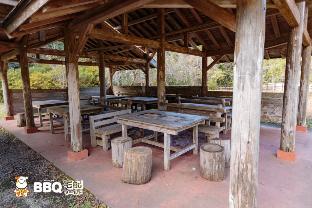 小口自然の家BBQ施設1