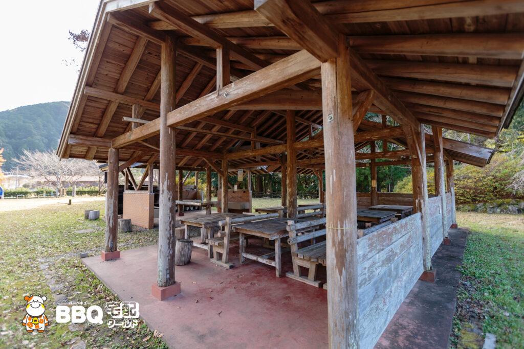 小口自然の家BBQ施設2