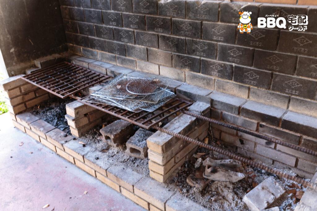 小口自然の家BBQ炊事棟のかまど