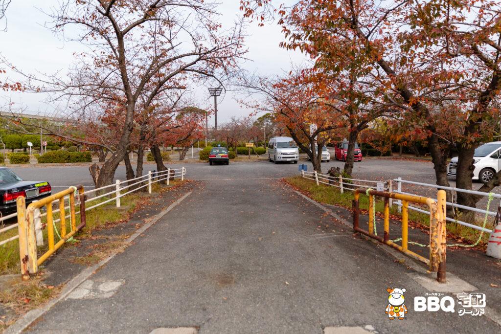 助松公園駐車場2