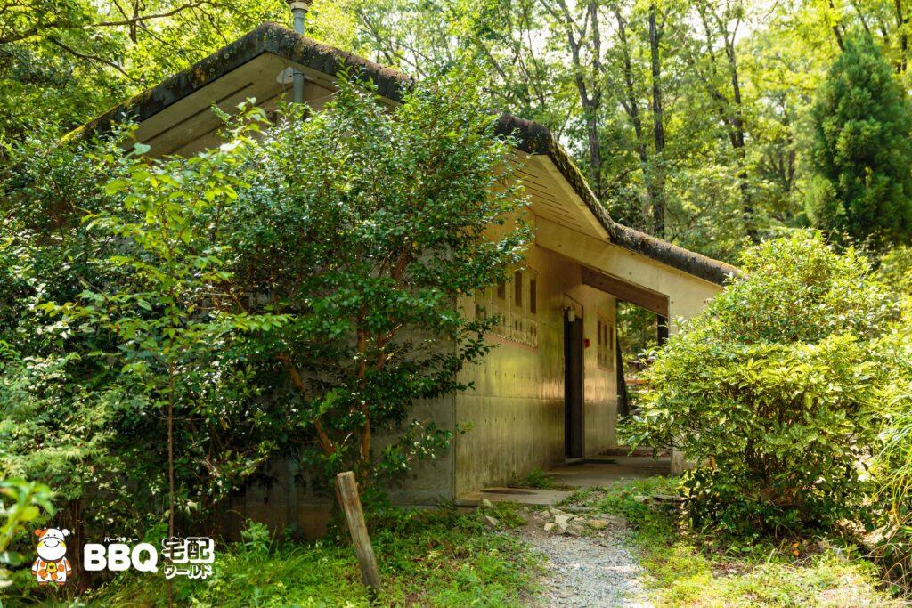 社家郷山キャンプ場トイレ