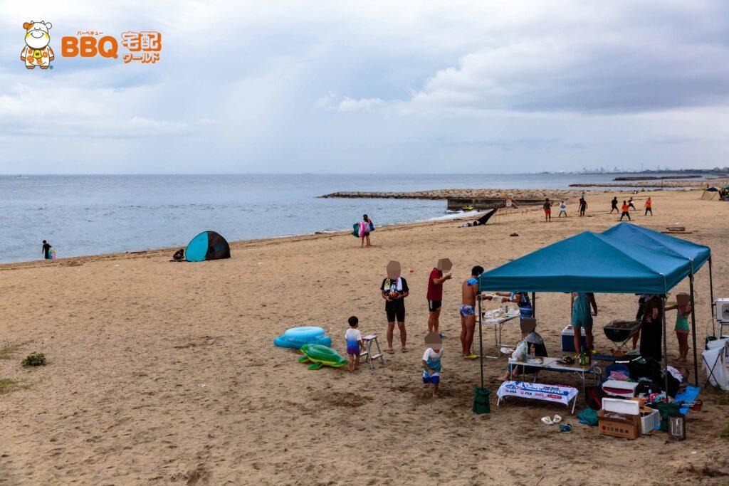 林崎松江海水浴場へ宅配|雨でも盛り上がるBBQ&海水浴