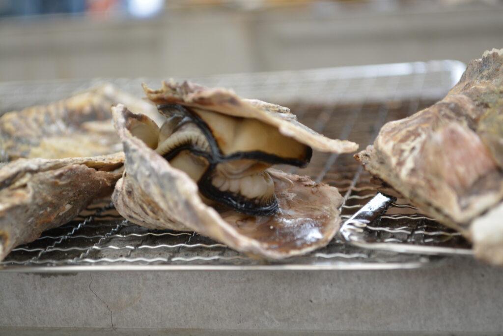 海の駅しおじBBQで焼いた牡蠣