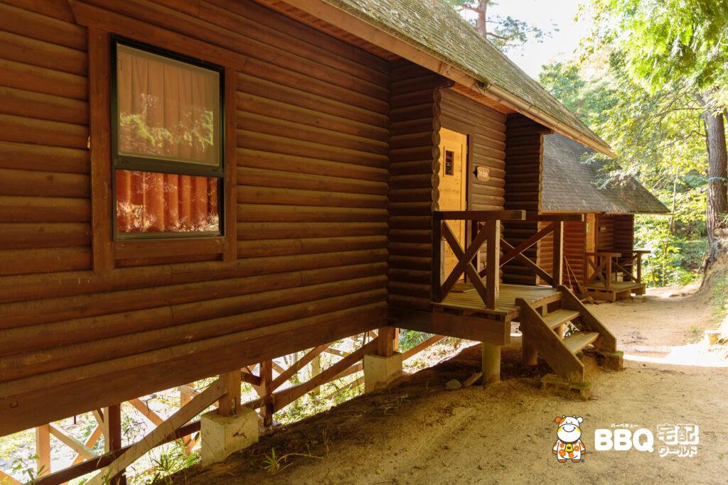 山城町森林公園のログハウス2