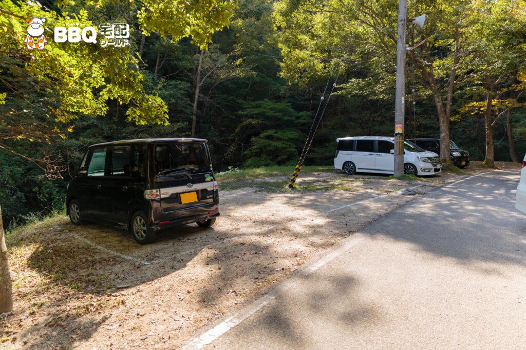 山城町森林公園の駐車場2
