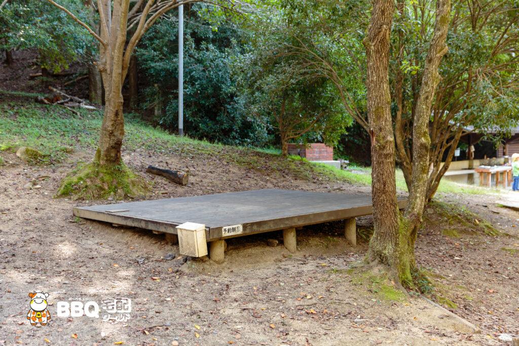 山城町森林公園テントサイト1