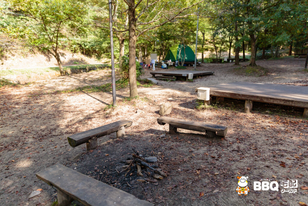 山城町森林公園テントサイト3