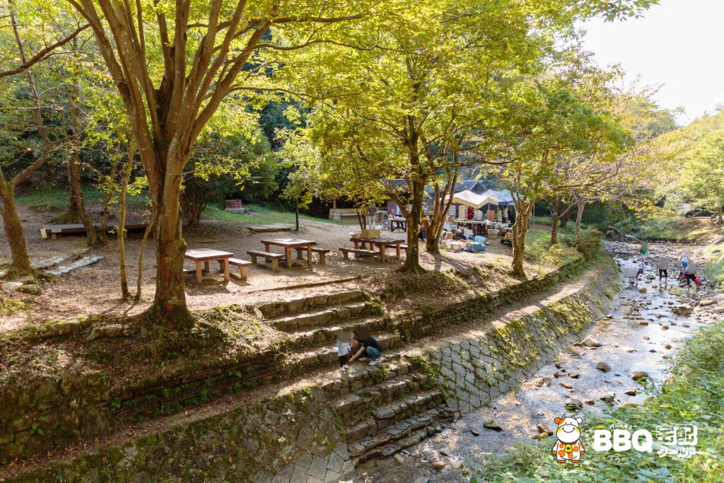 山城町森林公園テントサイト全景