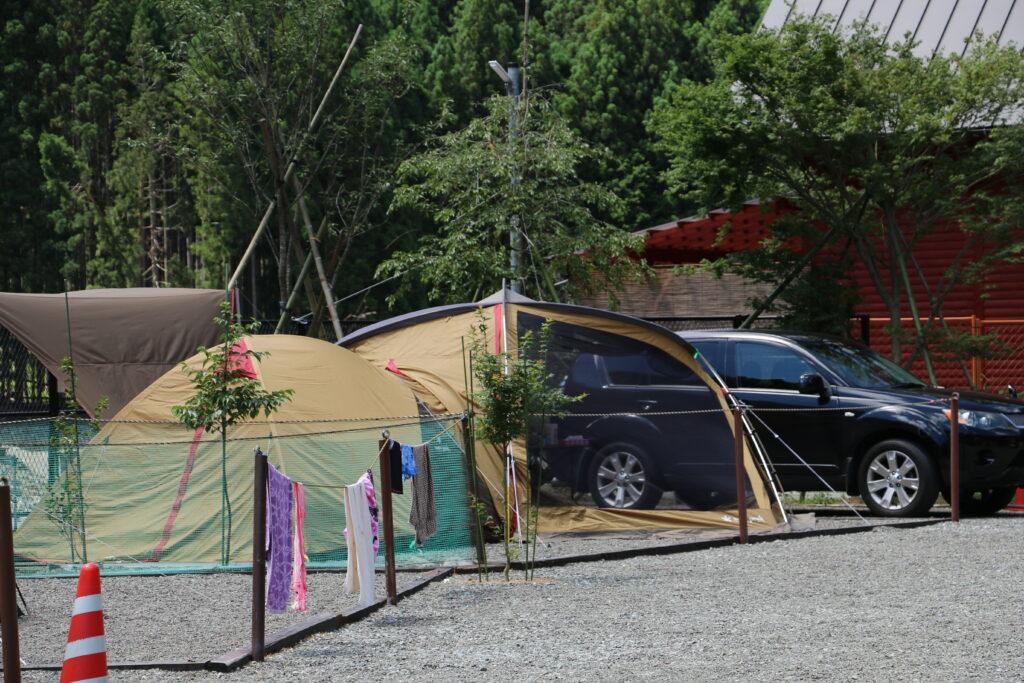 坪の内オートキャンプ場オートサイト車