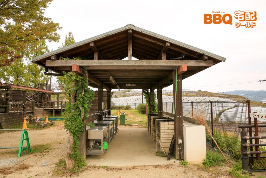 グレープヒル公園BBQ広場の炊事場全体