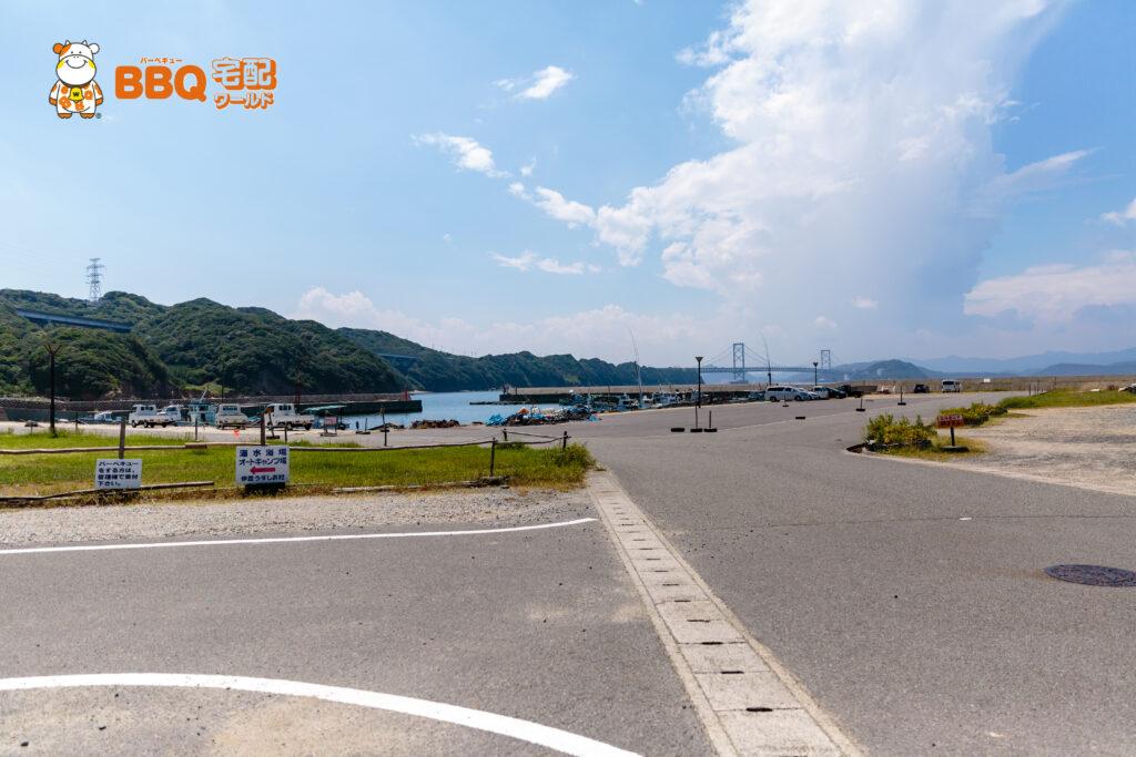 伊毘うずしお村キャンプ場の漁港