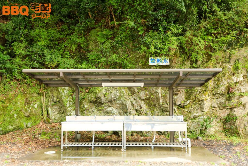 光滝寺キャンプ場の飲用可能な水道設備