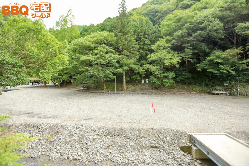 光滝寺キャンプ場の駐車場