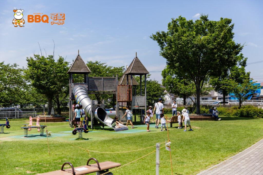 野添であい公園の児童遊具