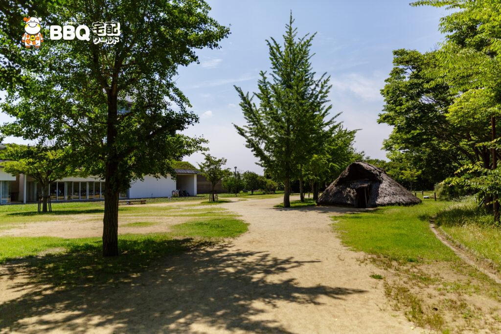 大中遺跡公園の竪穴式住居