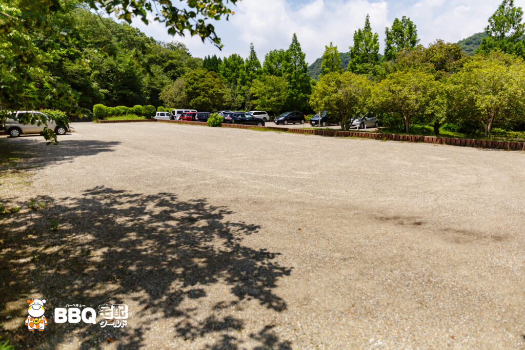 志方東公園テニス場横駐車場