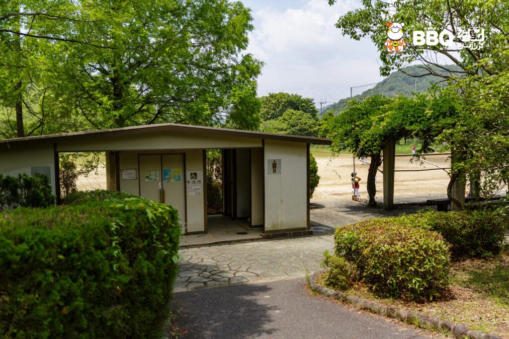 志方東公園のトイレ