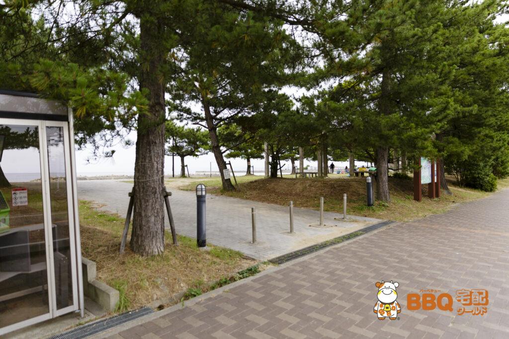 淡路島・炬口海水浴場入口