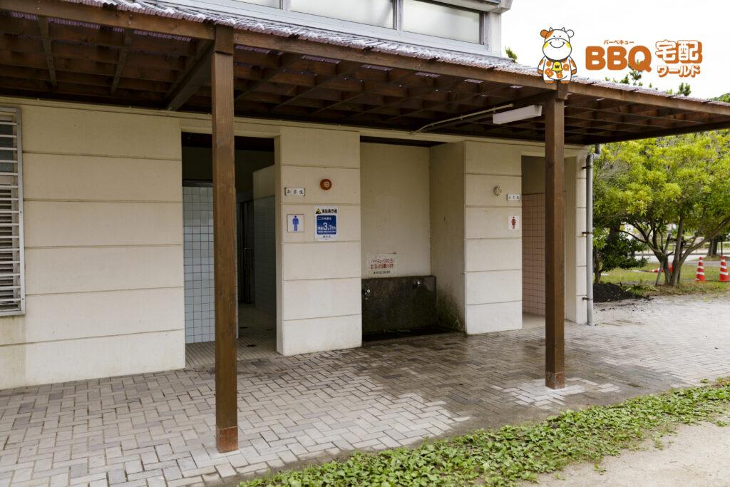 淡路島・炬口海水浴場トイレ