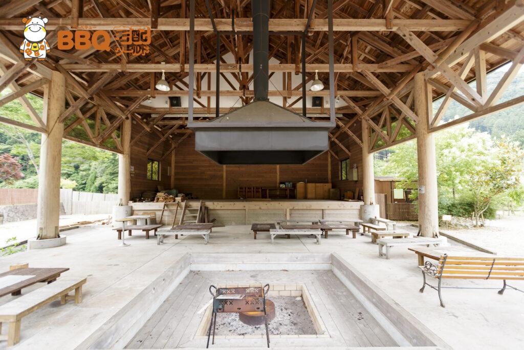千枚田オートキャンプ場休憩施設の内部