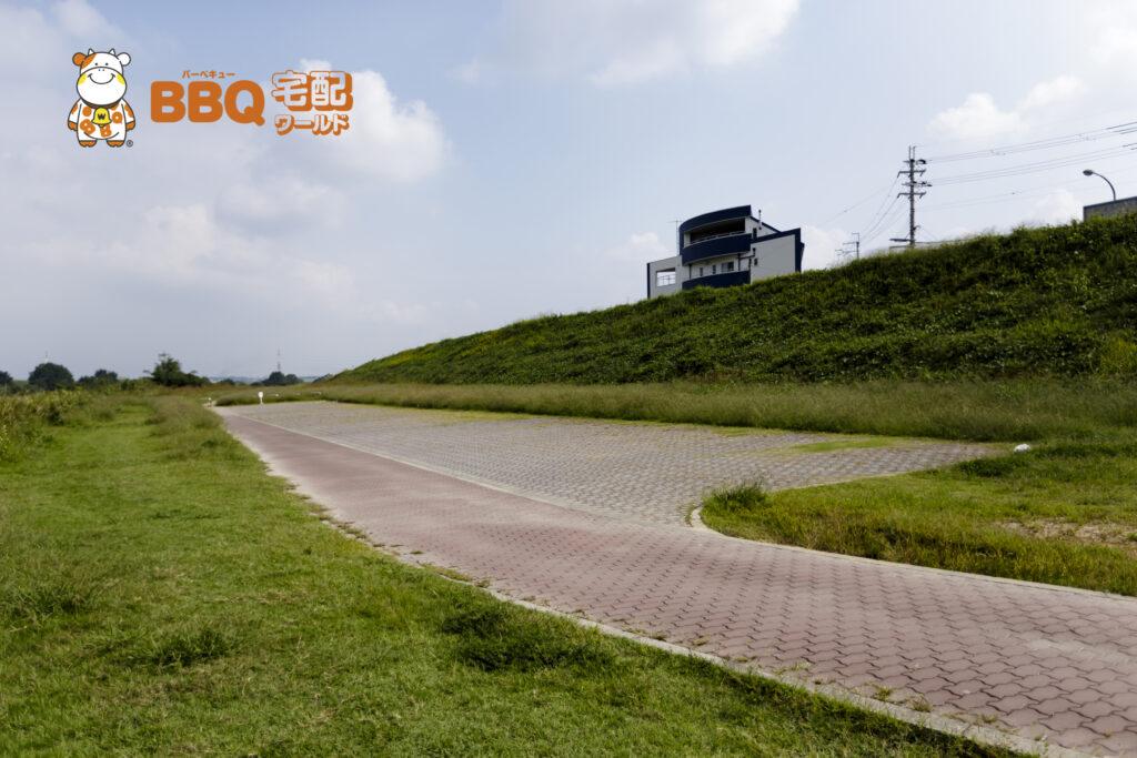 貴志川河川敷BBQ場駐車場