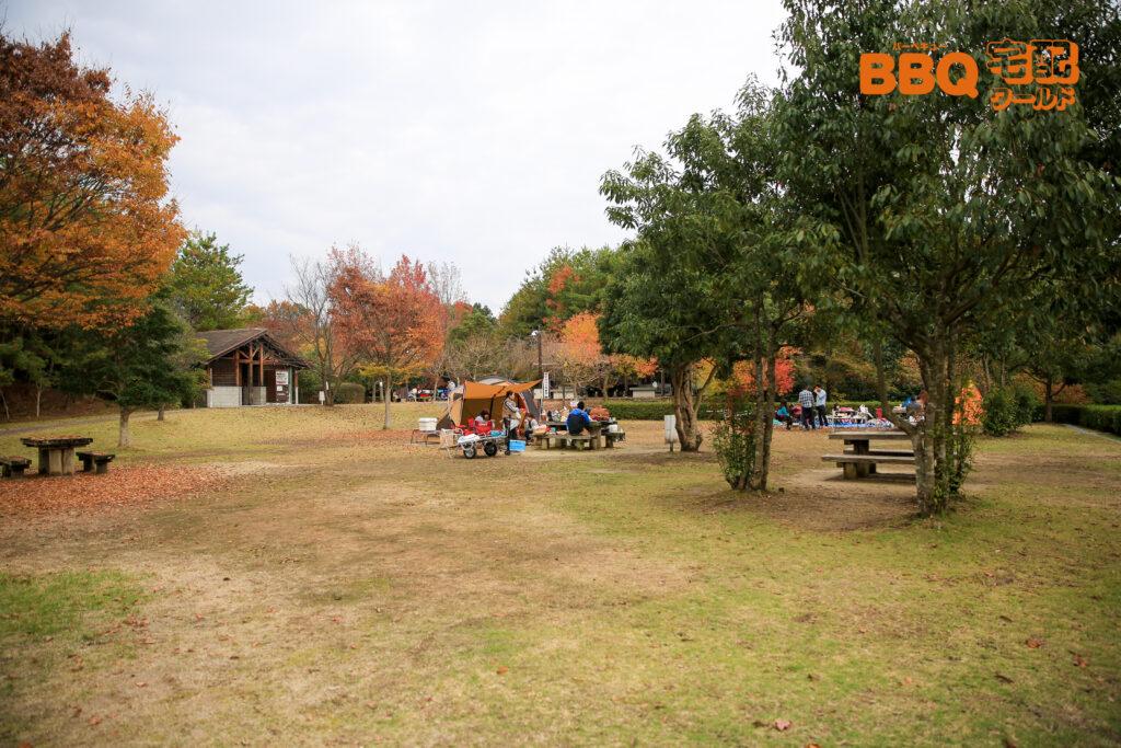 ロクハ公園BBQ広場の木陰エリア