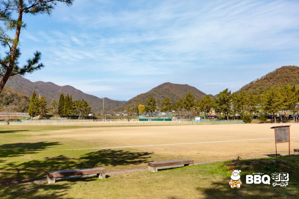 小野公園の多目的広場