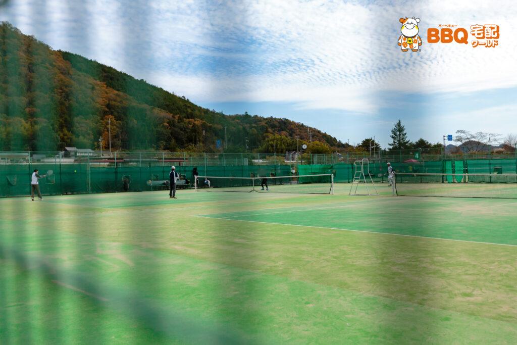 下青野公園テニス場