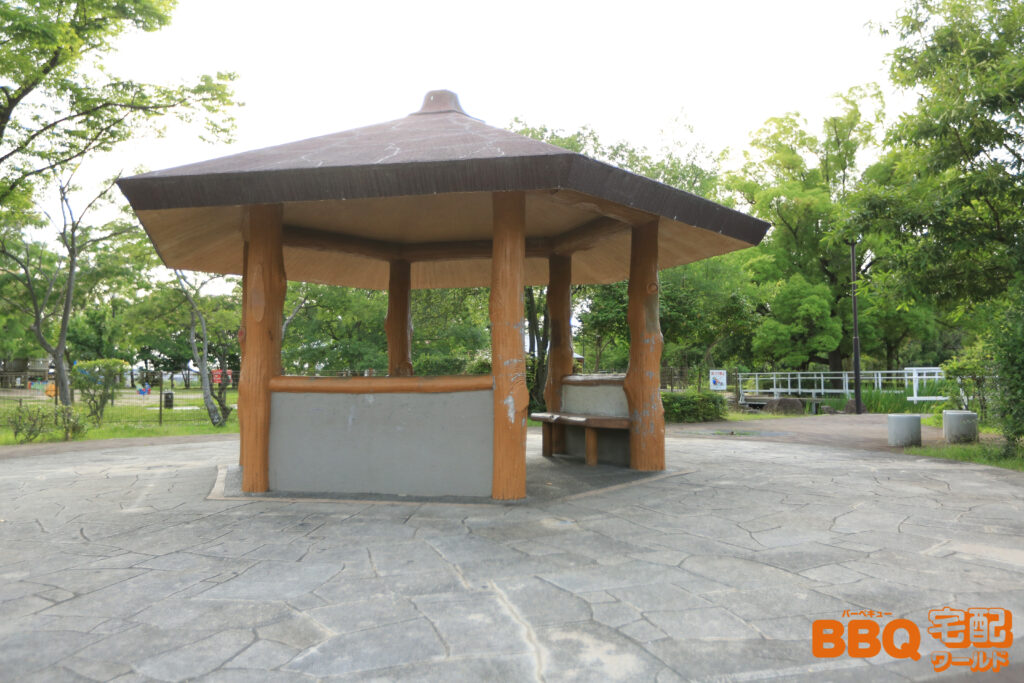 舟渡池公園の休憩所