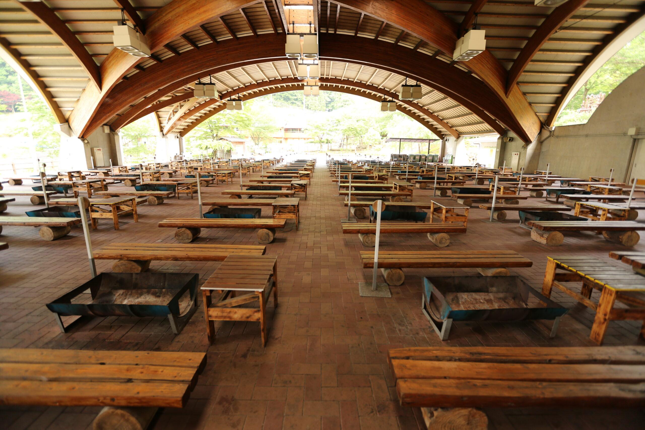 グリーンエコー笠形の多目的グリーンドーム内部