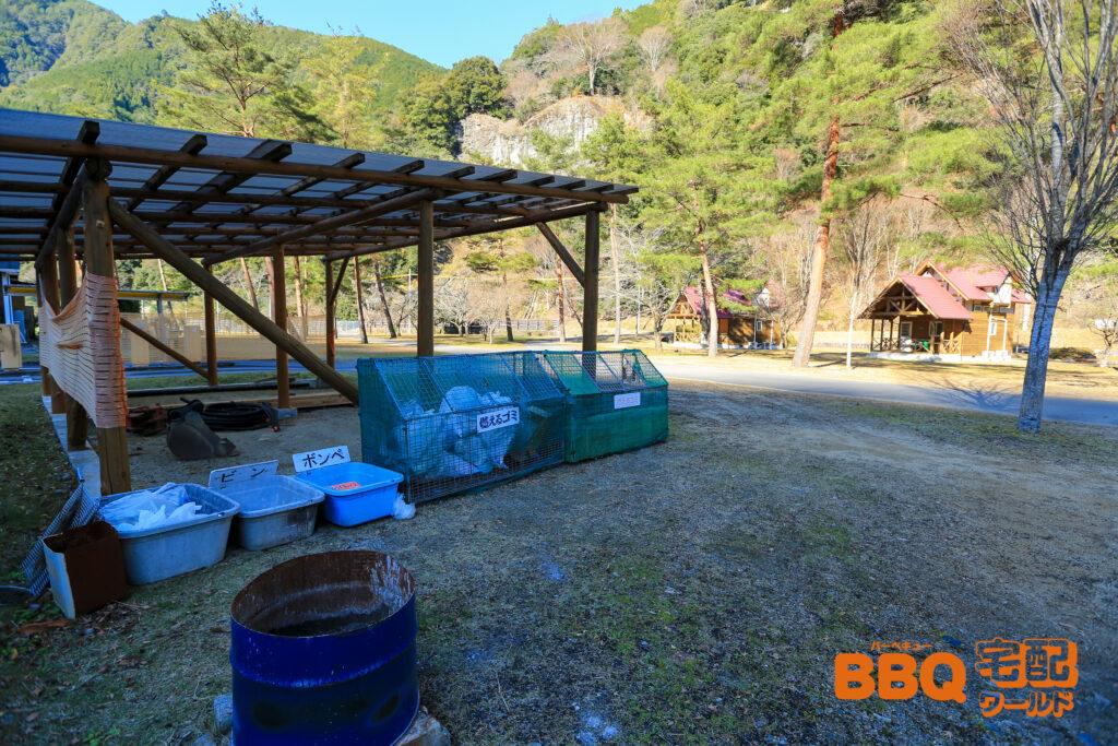 下北山スポーツ公園キャンプ場のゴミ箱